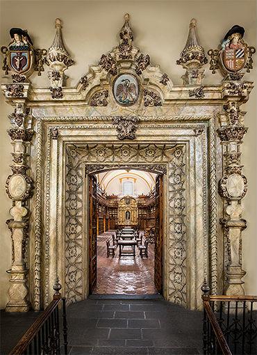 Biblioteca Palafoxiana Luis Lozano 1