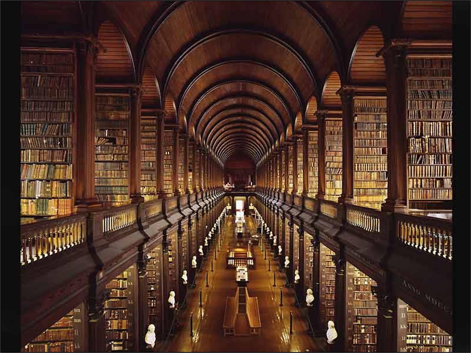 La Biblioteca Palafoxiana   La Biblioteca pública más antigua de toda América