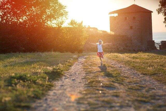 ¿Cómo enseñar a tu hijo a ser buena persona?
